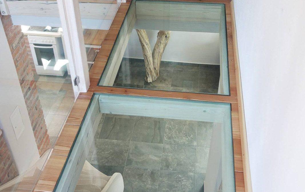 prosklená podlaha