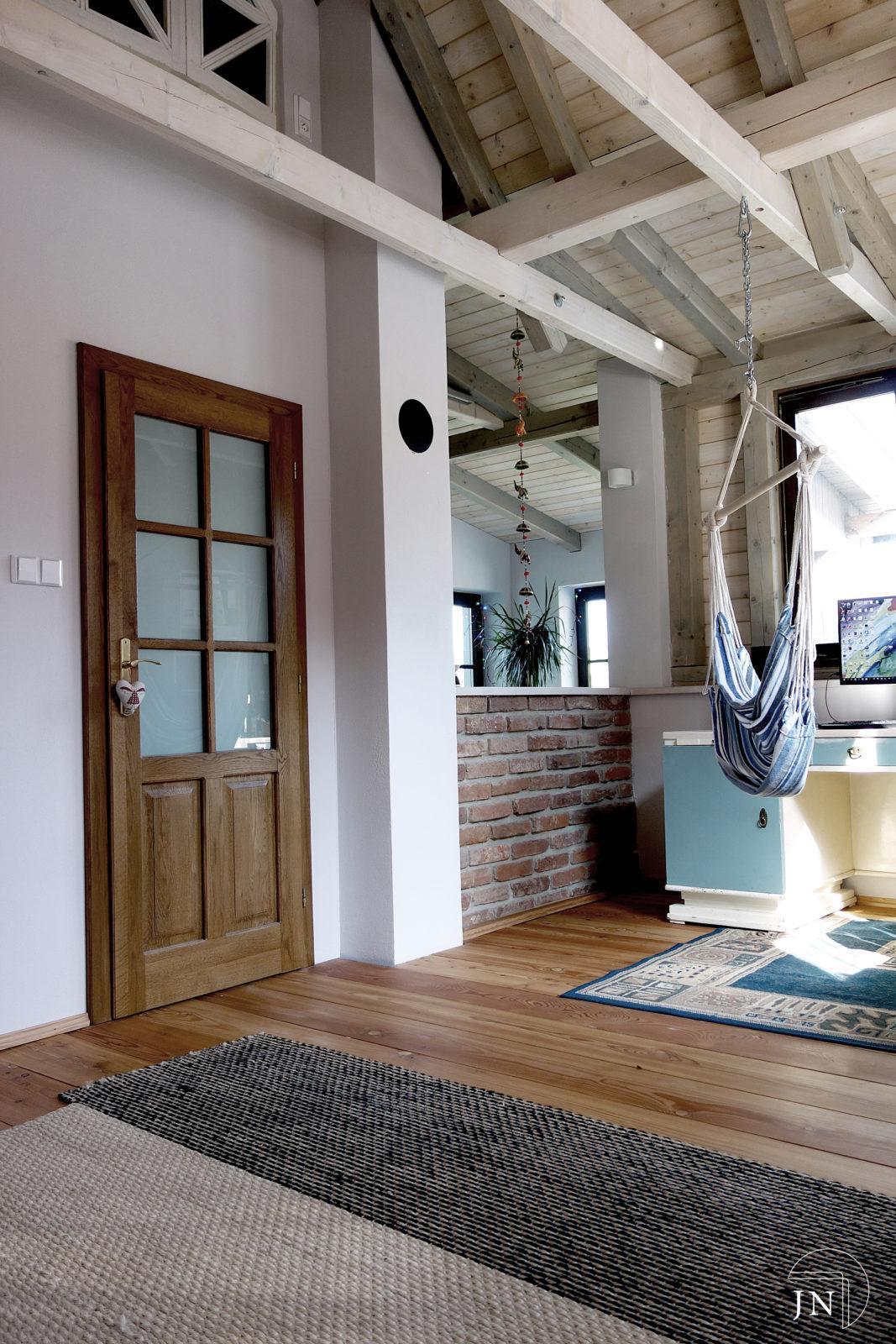moderní bydlení, Nadkrokevní izolace střechy v Libštátě, rekonstrukce domu Libštát